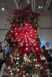 23 best Christmas Tree Gold Ribbon images on Pinterest | Christmas ...