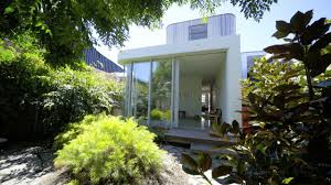 Beach House Designs Melbourne 4 Sublimely Modern Beach Houses To Inspire Realestate Com Au