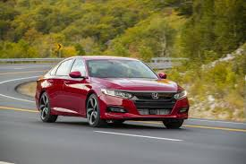 2019 Honda Accord Vs 2019 Toyota Camry Compare Cars