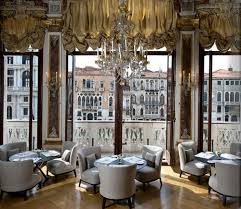 Venetian Interior Design, Venice, Italy, Traditional Interior Design,  Venetian Design How To