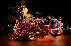 Electric Light Parade Disneyland Disneylands Main Street Electrical Parade Returns Thursday