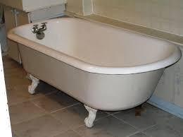 image of clawfoot bathtubs used