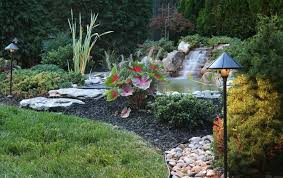 Cascate Da Giardino In Pietra Prezzi : Cascate pietra giardino acqua come realizzare una cascata in