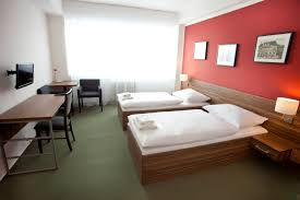 paint colors for bedroom with green carpet. color bination clash phoenix arizona home house photo green carpet that matches with brown wooden furniture · miscellaneous best bedroom paint colors for e