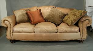 thomasville leather couch for