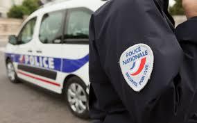 Cinq jeunes hommes soupçonnés d'avoir brutalisé un adolescent de 15 ans, employé comme guetteur sur un point de trafic, ont été mis en examen et écroués.