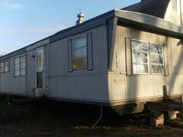 1977 LIberty Mobile / Manufactured Home in Romulus, MI via MHVillage.com