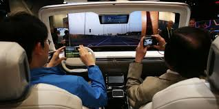 Auto Mobile Office Microsoft Says No To Driverless Cars But Yes To Mobile