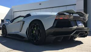 Lamborghini Aventador Roadster Photo Gallery – Nathan Ello