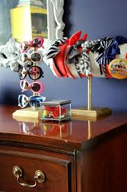 such a perfect kid s room not too babyish but not too grown up diy sunglasses holder
