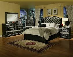 Queen Platform Bedroom Sets That Can Make Look More Warm Black