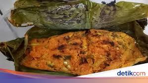 Resep pepes ikan teri basah bumbu kuning khas padangcara memasak pepes ikan teri basah panggang. Palai Badar Pepes Teri Khas Minang Yang Gurih Harum