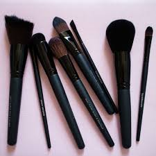the beauty vanity bareminerals makeup brushes review