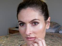 this soft and sweet makeup look is perfect for valentine s day but if you don t celebrate valentine s day it s versatile enough to wear on any occasion