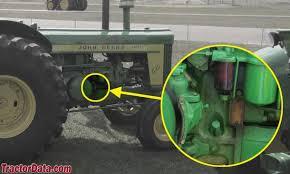 com john deere tractor information 820 serial numbers