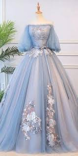 This is a long tulle ball gown prom dress with embroidery and half sleeves.  Silhouettea line necklineoff the shoulder hemline/trainfloor-length sleeve  lengthhal… en 2020