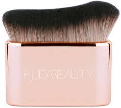 <b>Huda Beauty</b> The Basic B Sponge - <b>Спонж для</b> макияжа ...