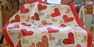 Random Hearts Make a Charming Quilt - Quilting Digest & Random Hearts Make a Charming Quilt Adamdwight.com
