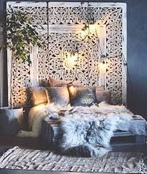 bohemian bedroom home furniture luxurious boho. Boho Bedroom Furs Gawd, Do I Ever Love This Lush, Bohemian Chic Bedroom! The Wonderful And Large-scale Architectural Piece That Acts As A Headboard Makes Me Home Furniture Luxurious O