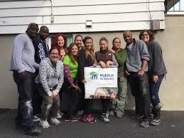 nordstrom of garden state plaza volunteers with habitat bergen 0