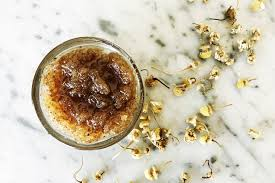 sweet as honey chamomile coconut sugar diy lip scrub