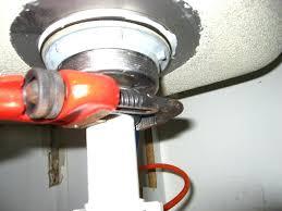 bathtub leaks when draining how to fix a leaking bathtub drain bathroom design bathtub drain leaking