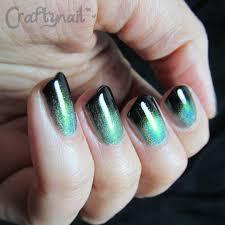 black and gold nail art | Craftynail