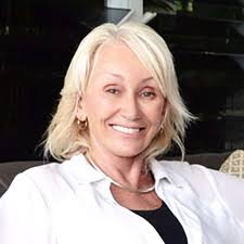 Sonia Poole - Licensed real estate agent - Ray White Cairns Beaches | Buy |  Rent | Sell | Real Estate