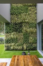 muro verde muy verde simple y bien ubicado