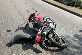 Resultado de imagem para acidente de  moto