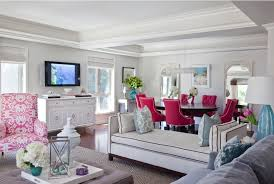 color schemes use three colors or shades