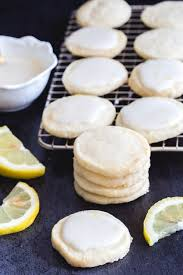 Our classic italian christmas cookies are buttery, tender, cakey and not too sweet. Italian Lemon Cookies An Italian In My Kitchen