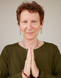 maggie norton co founder yoga mendocino has stud yoga and tation in the british isles india and the u s and has taught yoga since 1983