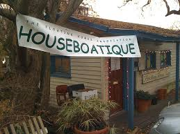 houseboatique offers gifts with a touch of eastlake s houseboat munity