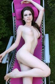 Serena Road Closed from Watch 4 Beauty on NudeModel.Pics