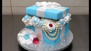 gift box pearls and diamonds cake