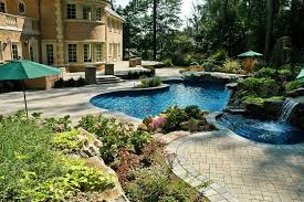 working creating patio: backyard oasis  back of  backyard oasis