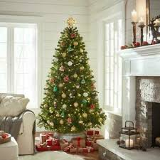 artificial christmas tree with 550