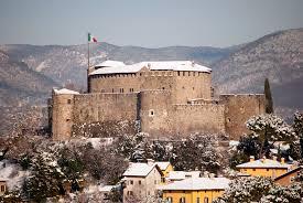 Datei:Castello di Gorizia con la neve.jpg – Wikipedia