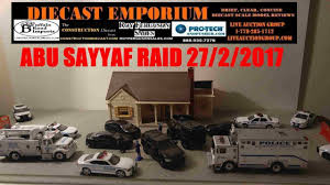 Green Light Cop Cars 1 64 Scale Police Oga Diorama Ft Greenlight Collectibles Code 3 Nypd Esu Vehicles