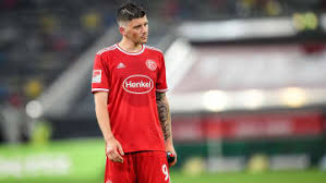 Founded in 1895, fortuna entered the league in 1913 and was a fixture in the top flight from the early 1920s up to the creation of the bundesliga in. Fortuna Dusseldorf Aktuell Spiele Transfers News 90min