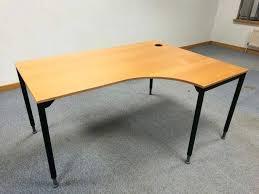 curved office desks. Furniture Inspirational Curved Office Desk For Modern Right Hand Table With Adjustable Plus Grey Area Rug Desks E