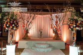 Beautiful Reception Decorations Wedding Decorations And Wedding Flowers Anniversary Reception In