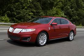 Lincoln MKS: Modern Design, leading technology come standard on ...