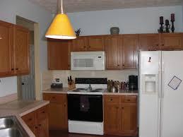 Backsplash For Small Kitchen Small Kitchen Decoration Using White Laminate Cream Kitchen