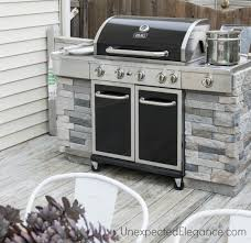 pale brick and polished metal for classy diy grill