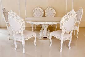 Barock Esszimmer Garniturminerva Oval Lackiert In Antik Weiß Mit Leichtem Gold Dekor
