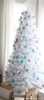 Decorating Christmas Tree With Balls White Decorated Christmas Trees Red White Decorated Christmas 67