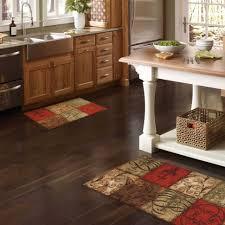 kitchen floor amazing cool kitchen rugs for hardwood floors plus apple kitchen rugs marvelous kitchen