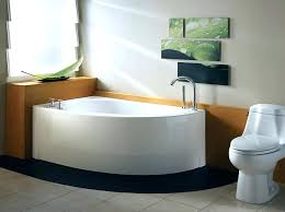 bathtubs for small spaces smallest bathtub small corner bathtub perfect bathtubs in space the dimensions for bathtubs for small spaces